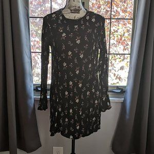 H&M Divided Floral Tunic Top
